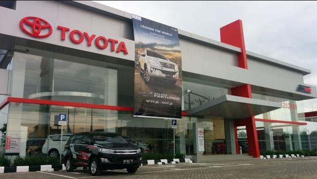 Bagaimana Membeli Mobil Toyota di Auto 2000 tebet supomo di jakarta